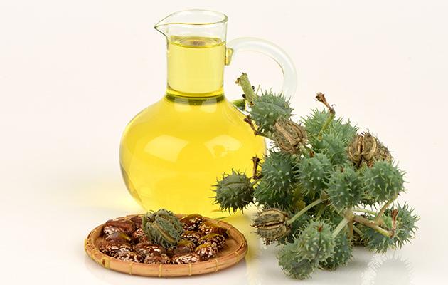 Маска за изтощена коса с тривитаминол и рициново масло